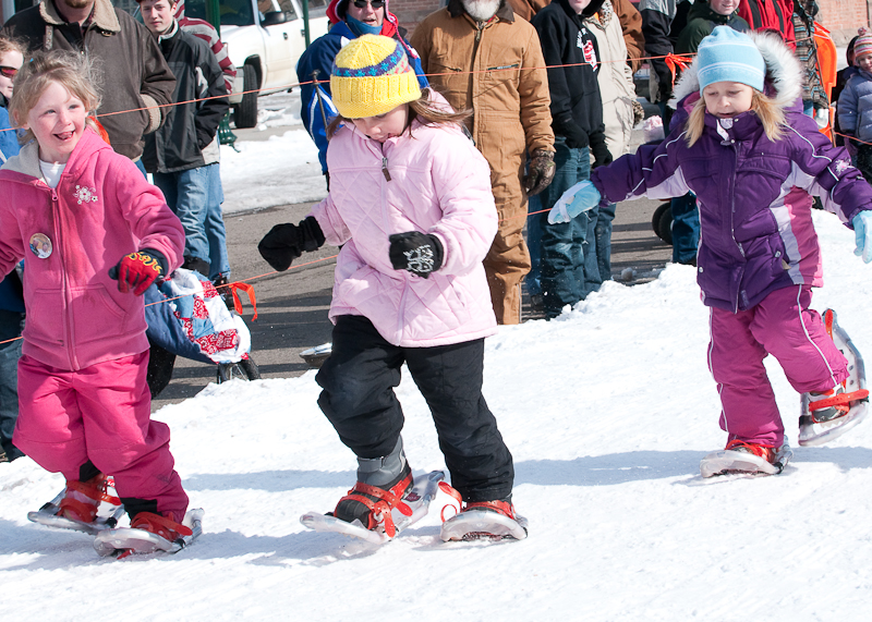 Speed demon girls in the snowshoe race